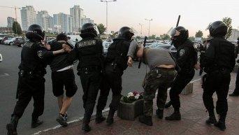 Задержания участников столкновений на Осокорках в Киеве