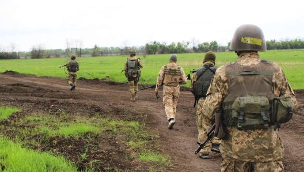 Украинские военные на Донбассе. Архивное фото