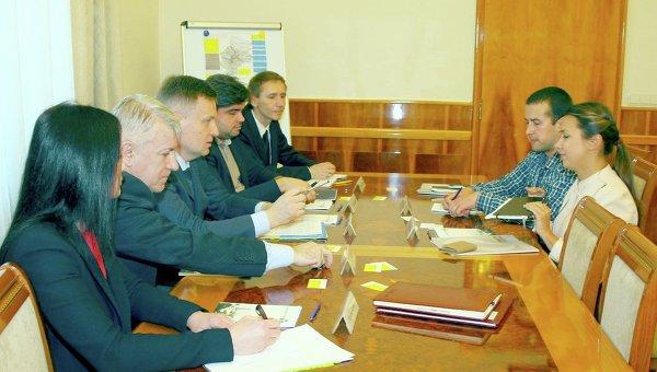 Встреча председателя СБУ Валентина Наливайченко с представителями Amnesty International