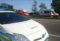 Милиция и скорые на месте захвата заложников в Харьковской области