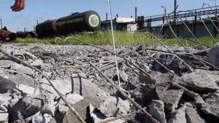 На месте обстрелов Авдеевского коксохимического завода