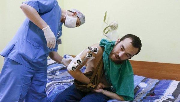 Гражданин России Евгений Ерофеев, задержанный силовиками в Донбассе, проходит лечение в киевском центральном военном госпитале