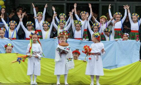 Последний звонок в школе №183 в Киеве