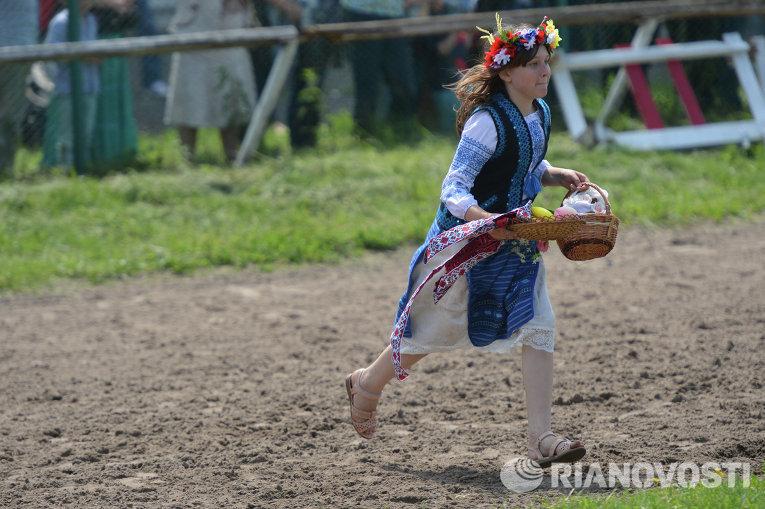 Празднование Дня Киева на Киевском ипподроме