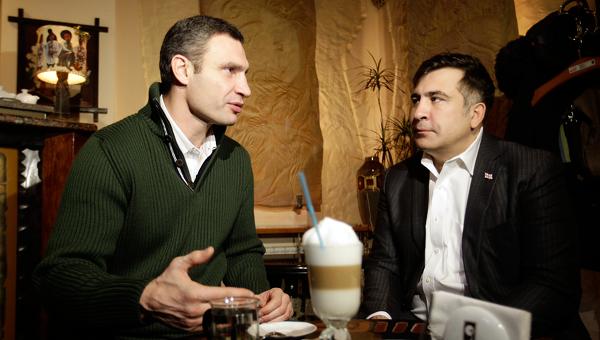 Михаил Саакашвили в Киеве на кофе с Виталием Кличко