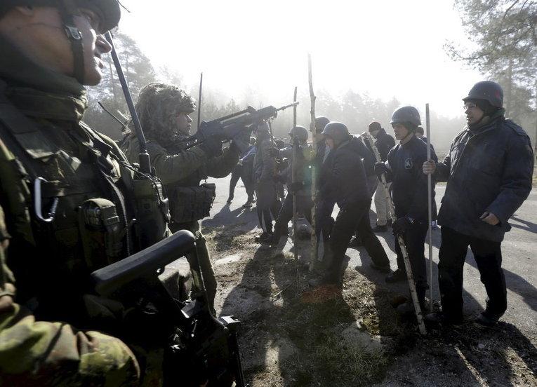 Литовская армия на учениях в Рукле