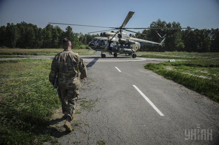 Вертолет на Яворовском полигоне