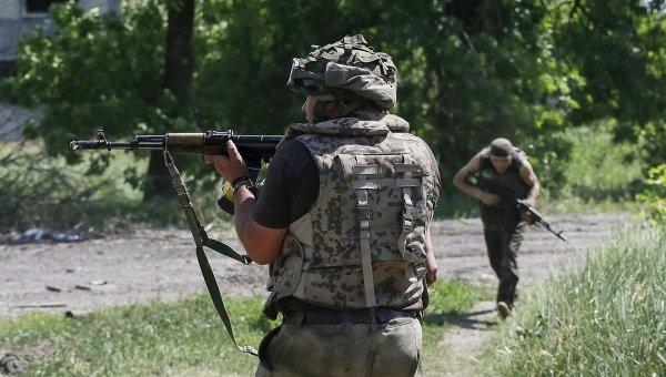 Бойцы ВСУ в Донбассе. Архивное фото