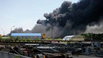 Полторак контролирует эвакуацию боеприпасов из в/ч возле горящей нефтебазы