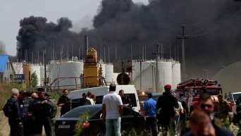 Горящая нефтебаза в Василькове