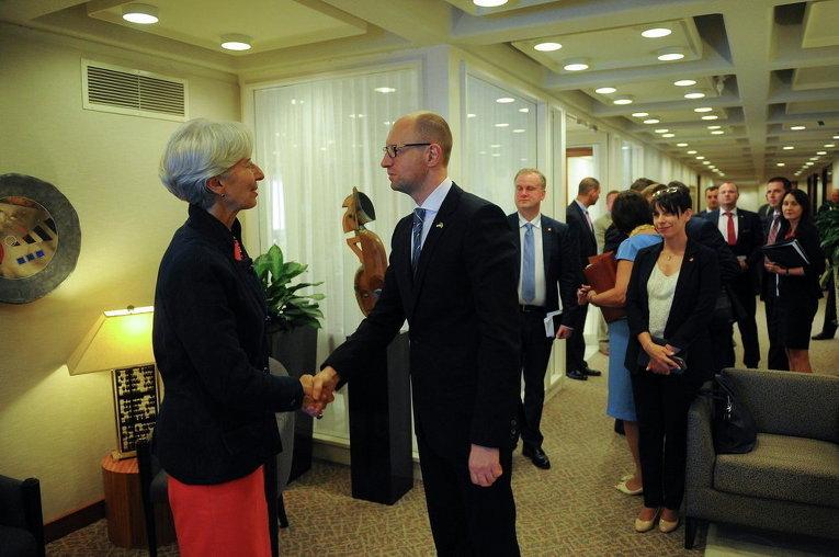 Арсений Яценюк встретился с директором-распорядителем МВФ Кристин Лагард
