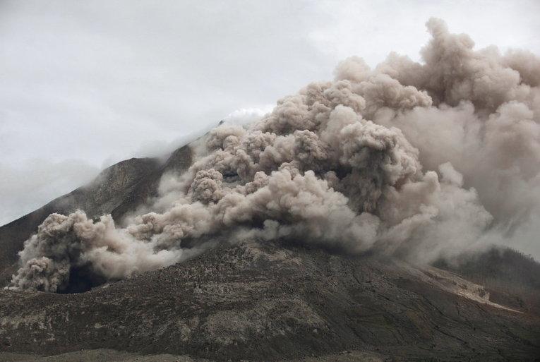 Гора Синабунг, Северная Суматра, Индонезия
