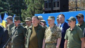 Турчинов и Аваков в Мариуполе