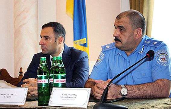 Гиорги Лорткипанидзе (слева)