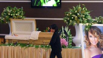 Прощание с певицей Жанной Фриске