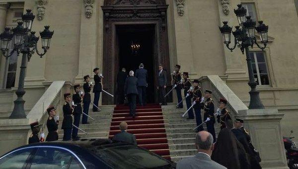 Министры иностранных дел прибывают на встречу нормандской четверки в Париже, 23 июня 2015 г.