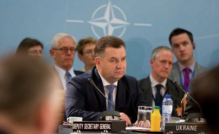 Степан Полторак на заседании Комиссии Украина-НАТО