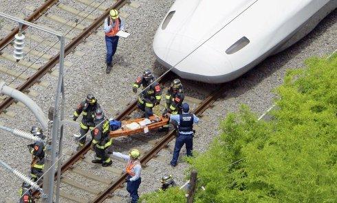 Последствия возгорании в скоростном поезде в Японии