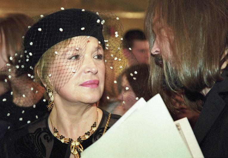 Клара Лучко в 1999 году