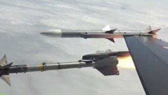 Пилот истребителя F-16 показал, как в воздухе сбить беспилотник ракетой