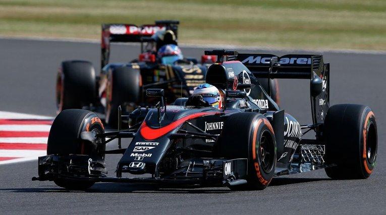 Формула-1. Гран-при Великобритании. Пилоты пробуют трассу.