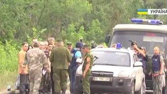 Обмен пленными между на границе линии соприкосновения. Видео