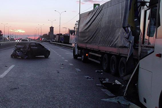 Авария автобуса, в котором ехали бойцы Нацгвардии из Винницкой области