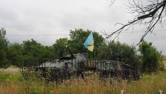 Военная техника в селе Бобовище на Закарпатье во время спецоперации по поимке бойцов Правого сектора