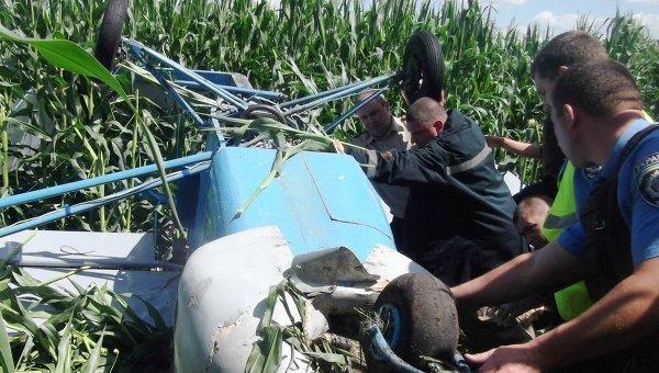 В Черниговской области упал легкомоторный самолет