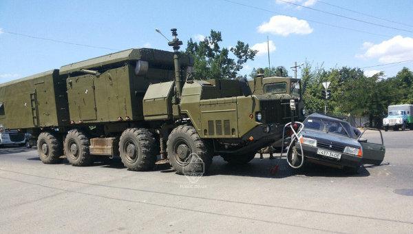 В Одессе произошло ДТП с участием военного автомобиля