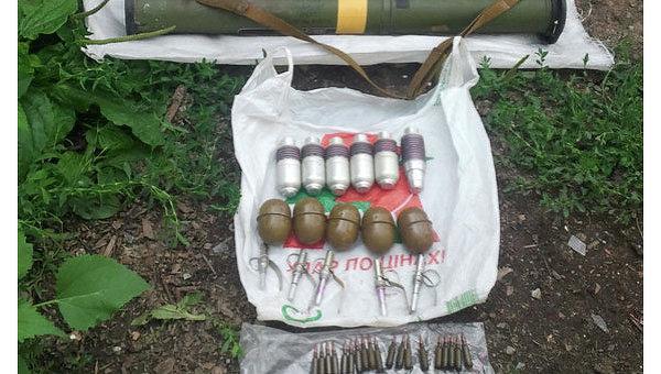В частном доме в Авдеевке милиция нашла арсенал оружия