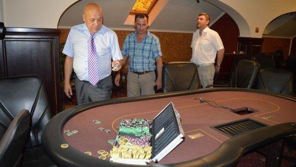Москаль в подпольном казино Ужгорода