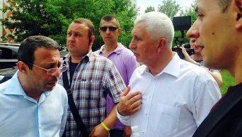 Геннадий Корбан и Анатолий Матвиенко в день выборов в Чернигове
