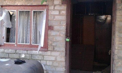 Последствия обстрела в Донецкой области. Архивное фото