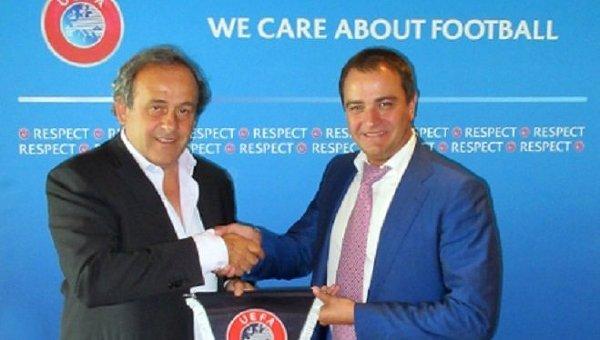 Президент УЕФА Мишель Платини и президент ФФУ Андрей Павелко