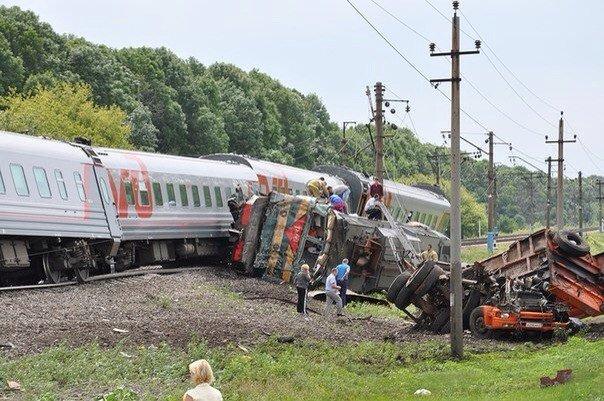 Поезд в Белгородской области столкнулся с грузовиком