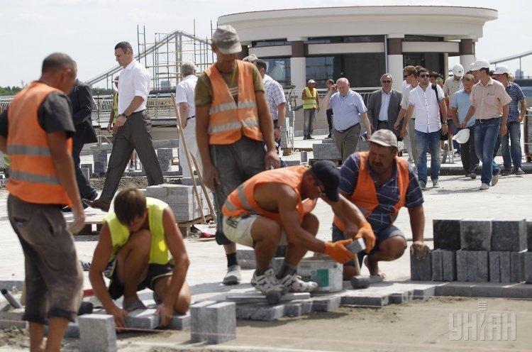 Кличко проинспектировал реконструкцию Почтовой площади