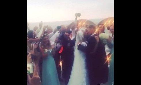 В сети появилось видео со свадьбы Пескова и Навки