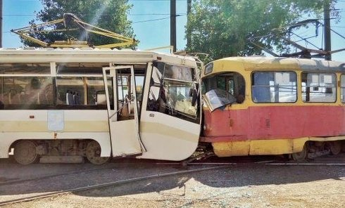 Столкновение трамваев в Харькове