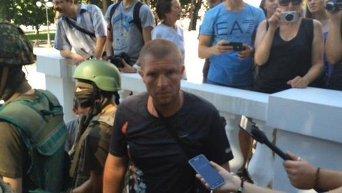 Задержанный возле штурма офиса Оппозиционного блока в Харькове.