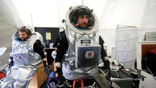 ВСША закончился годовой эксперимент поимитации полета наМарс