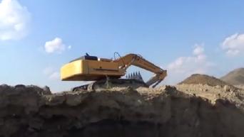 Ликвидация незаконной добычи угля в промышленных масштабах под Марьинкой. Видео