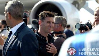 Игрок Барселоны Лионель Месси прибыл в Тбилиси, где 11 августа пройдет матч за Суперкубок УЕФА