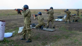 Занятия по боевой подготовке мобилизованных военнослужащих в Николаевской области. Архивное фото