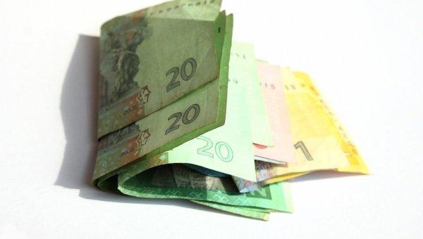 Все побежали брать: вУкраинском государстве резко обрушился курс валюты