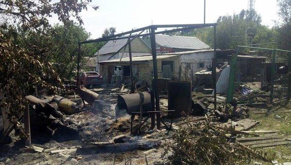 Обстрел села Красногоровка в Ясиноватском районе