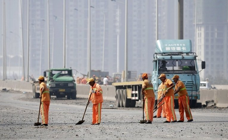 Последствия мощного взрыва в китайском городе Тяньцзине