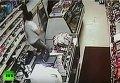 Подростки с мечом попытались ограбить магазин