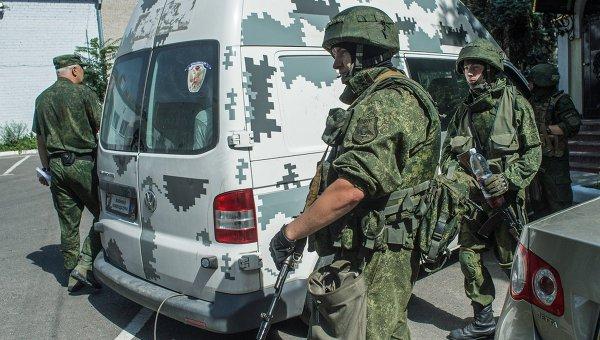 ДНР передала Киеву пленных силовиков. Архивное фото