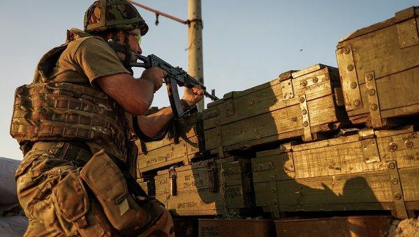 Военнослужащий ВСУ в Донбассе